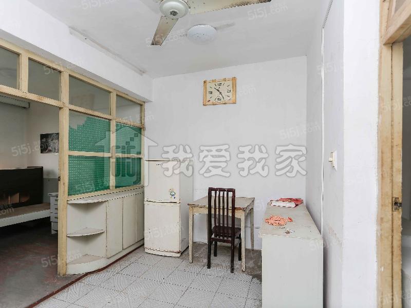 http://image17.5i5j.com/erp/house/3895/38959521/shinei/cepepakk943e3cd6_800x600.jpg