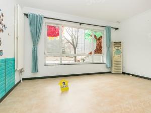 苹果社区CBD双井精装修的三居室出售