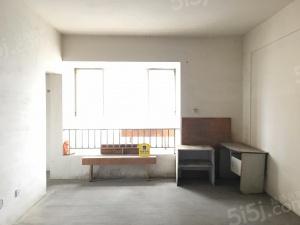 依云镇两室两厅一厨一卫清水房