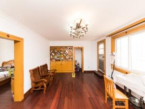 西太湖花园,育英本部,2,4号线位置,房东诚售,随时看房