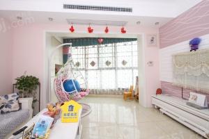 徐东平价附近东润上域、房东自住精装修 、家电全送、可改三房