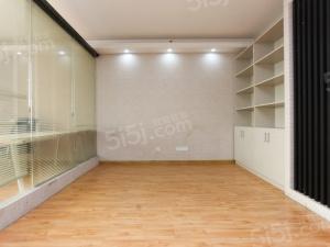 常府街2010年新房,双南户型,单价低诚售
