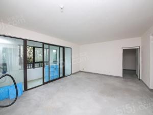 金辉尊域大三房,小区前排,全天采光,看房有钥匙