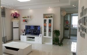 青岛我爱我家青岛印象湾,单价远低市场价,精装修三室两厅两卫。