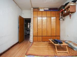 新街口 五老村施教区 红花地小区低楼层小面积两房总价低