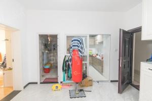 杨汊湖福星华府,中高楼层精装两房,85平155万,拎包入住