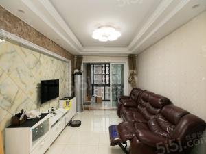 雪溪苑豪装三房,装修40万左右,户型通透,有产证,房东诚售
