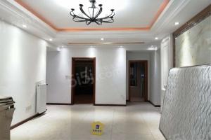 凯乐桂园 三室二厅二卫123平米 335 万元