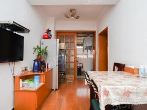 后宰门西村 中间楼层 采光好 居家舒适 满五年诚售