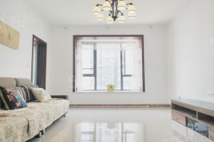 精装修2房2厅南北通透 满2年 看房方便 可以谈