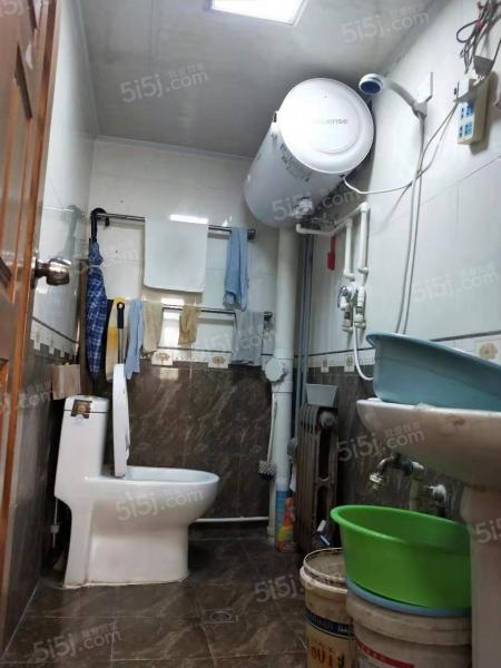 青岛我爱我家火车北站沧顺路套二一楼第2张图