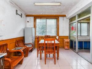 高新区 新升新苑新出两房朝南两房 房东诚心出售 看房有钥匙