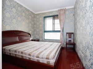 河西雨润大街 双和园 中装两房 中高楼层 业主诚售