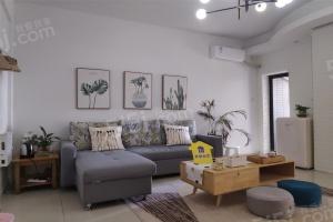 光谷步行街正规一室一厅70年产权朝南满二带天然气