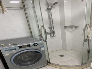 中行小区 精装修一室户 可办居住证 近江苏路 看房约