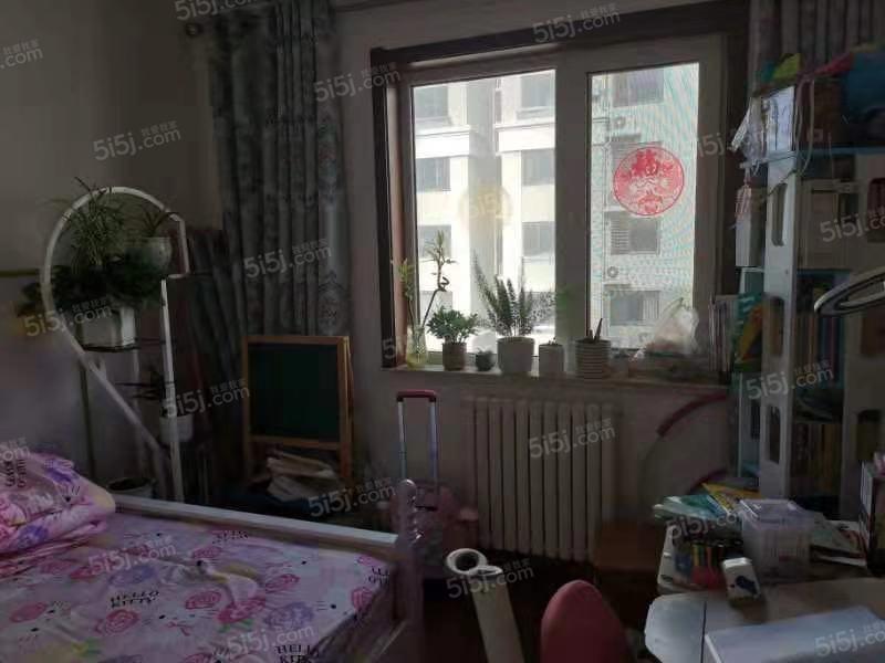 青岛我爱我家海景房,小高公摊小,南北通透拎包入住采光足中间楼层第3张图