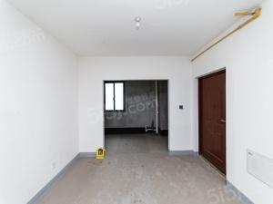 橡树湾二期 毛坯三房 三开间朝南 楼层好