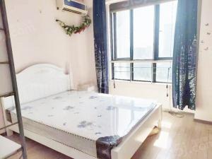 龙江 摩尔特区,单身公寓,边户,精装修,有电梯