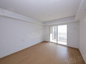 园区东丽景湾统装小三房 诚心出售看房有钥匙