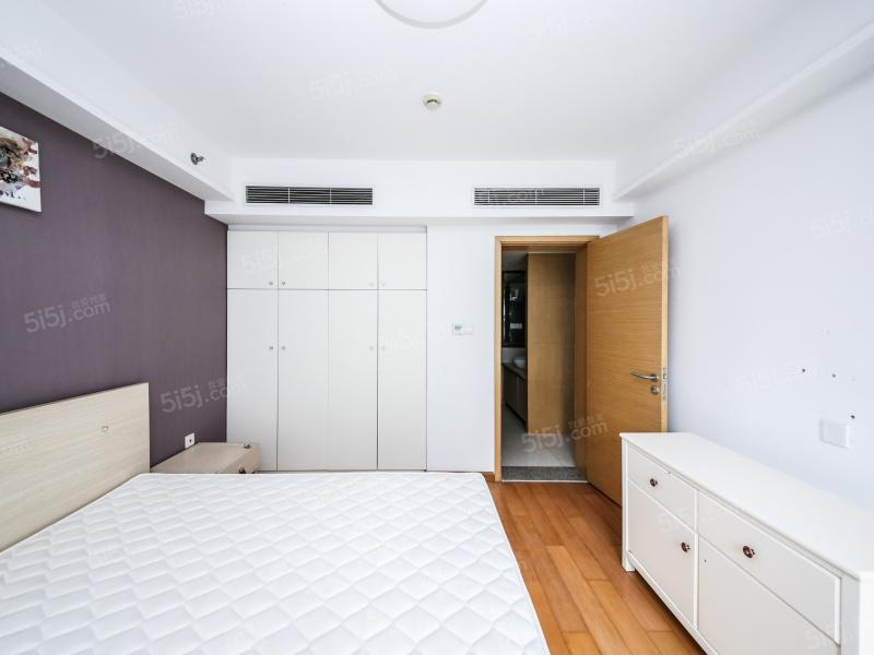 太湖天城 一室两厅 装修保养好 总价低二手房