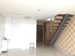 广益哥伦布 新出精装一室公寓南北通透 家电齐全 看房方便