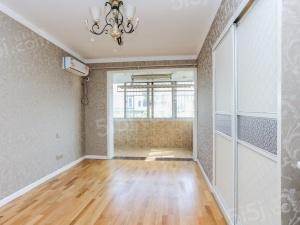 龙江 聚福园旁 豪装三房 中央空调带暖气 看房随时有钥匙