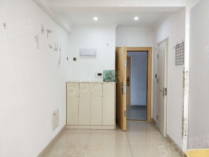 常州我爱我家新上白金汉宫旁吾悦广场精装小公寓 拎包入住 随时看房