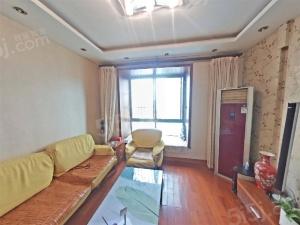 江东商圈 辰龙广场电梯三房  产权满五年 看房方便
