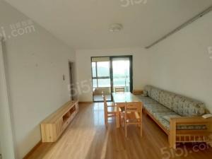仙林罗兰春天的三室二厅一卫精装修 拎包入住