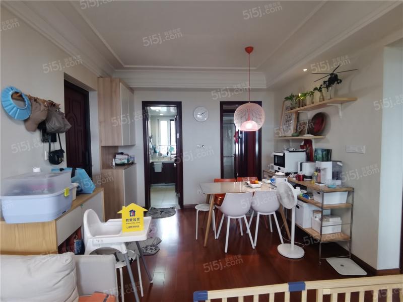 南部新城 保利堂悦精装三室视野开阔 复地宴南都对面 诚心卖房
